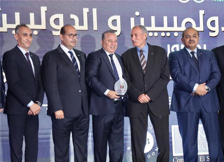 تعرف على الفائزين بجوائز الأفضل في موسم 2019 - 2020 من اللجنة الأوليمبية